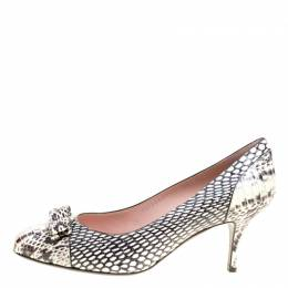 Salvatore Ferragamo Monochrome Snakeskin Leather Carla Pumps Size 40.5 149416