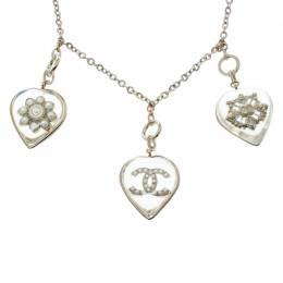 Chanel CC Aged Gold Tone Metal Motif Embedded Resin Heart Pendants Necklace 164177