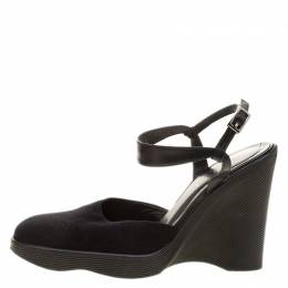 Gucci Black Felt Platform Wedge Ankle Strap Sandals Size 38 139983