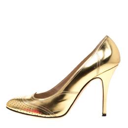 Fendi Metallic Gold Leather Wing Tip Pumps Size 41 186629
