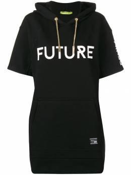 Versace Jeans Couture удлиненный джемпер с капюшоном и короткими рукавами D2HSA43930162