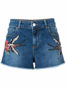 Red Valentino джинсовые шорты с нашивками в виде ласточек RR0DD00UKFC