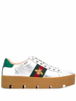 Gucci кроссовки Ace на платформе с вышивкой 583666DXAL0