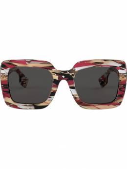 Burberry Eyewear солнцезащитные очки в массивной квадратной оправе BE4284379287