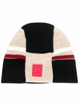 Off-White трикотажная шапка в стиле колор-блок OMLC005E190200024800