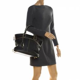 Louis Vuitton Black Suhali Leather Lockit MM Bag 211045