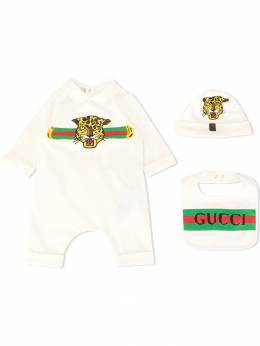 Gucci Kids комбинезон из ромпера и шапки с нагрудником 575145XJBBV