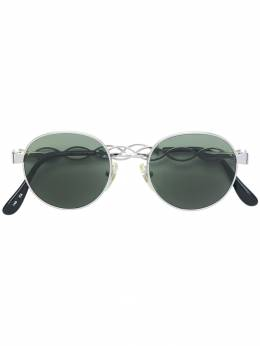 Moschino Pre-Owned cutout detail round sunglasses MOS250D