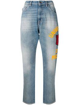 Love Moschino джинсы-бойфренды с принтом сбоку WQ38132T9349