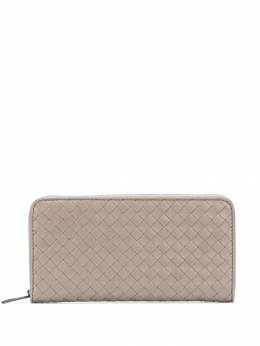 Bottega Veneta плетеный кошелек на молнии 510643V4651