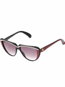 Yves Saint Laurent Pre-Owned солнцезащитные очки 'кошачий глаз' BUB2
