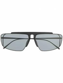 Prada Eyewear солнцезащитные очки 'Runway' SPR50V
