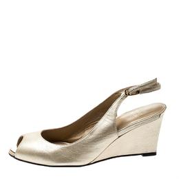 Stuart Weitzman Metallic Gold Leather Peep Toe Wedge Sandals Size 37 212566