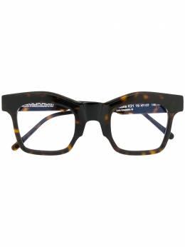 Kuboraum очки в массивной оправе K21