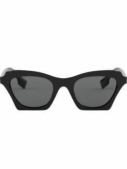Burberry Eyewear солнцезащитные очки BE4283300187