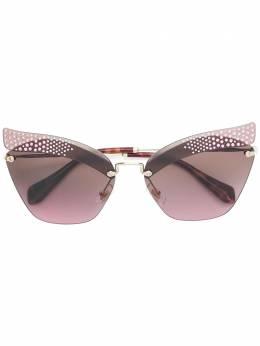 Miu Miu Eyewear солнцезащитные очки 'Folie' SMU56T