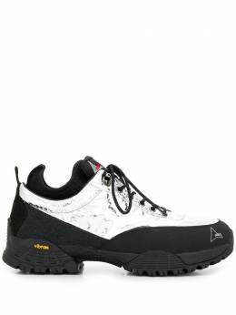Roa кроссовки на шнуровке с эффектом металлик VAR411