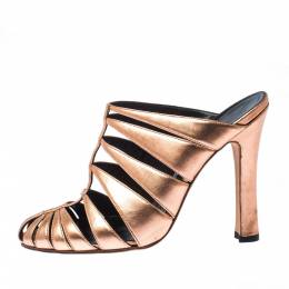 Manolo Blahnik Metallic Rose Gold Lasercut Leather Mule Sandals Size 36 224436