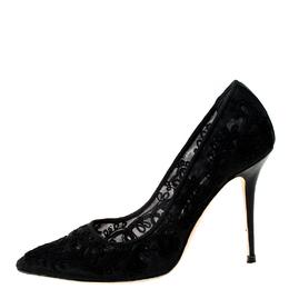 Manolo Blahnik Black Lace Floral Pointed Toe Pumps Size 36