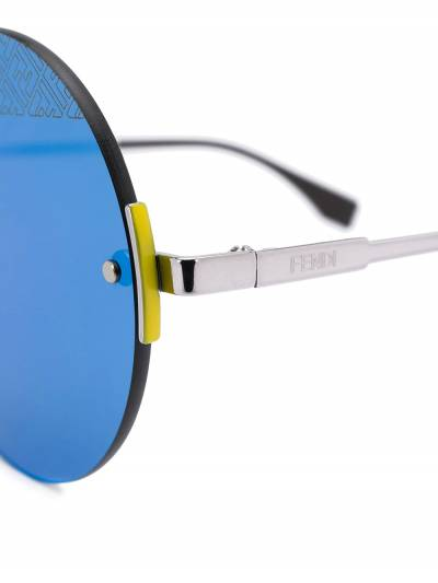 Fendi Eyewear солнцезащитные очки в круглой оправе FFM0058S - 3