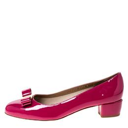 Salvatore Ferragamo Pink Patent Leather Vara Bow Pumps Size 41 229342