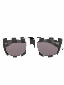 Saint Laurent Eyewear солнцезащитные очки с узором SL51