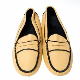 Tod's Light Yellow Leather Gommino Loafers Size 39.5 234952