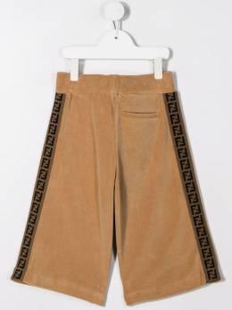 Fendi Kids - logo trim velour shorts 003A3LQF6QB995580506