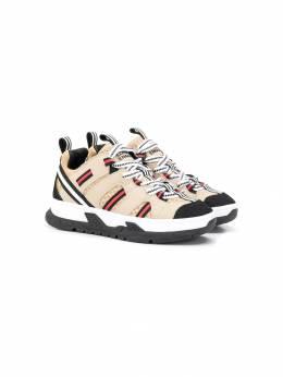 Burberry Kids кроссовки с контрастными полосками 8018847