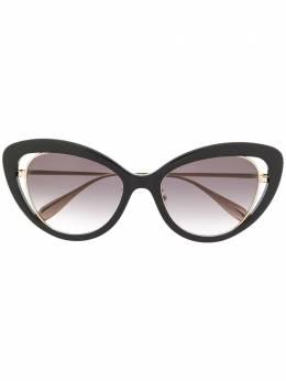 Alexander McQueen Eyewear солнцезащитные очки в оправе 'кошачий глаз' AM0223S