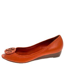 Tory Burch Orange Leather Logo Pumps Size 38