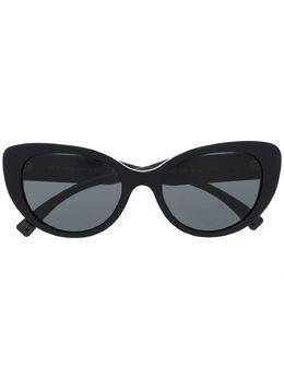 Versace Eyewear солнцезащитные очки в оправе 'кошачий глаз' VE4378