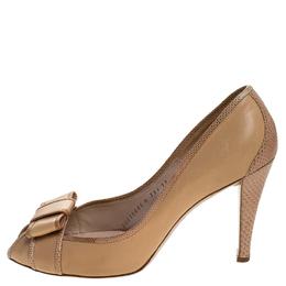 Salvatore Ferragamo Beige Lizard and Leather Bow Peep Toe Pumps Size 40.5 246953