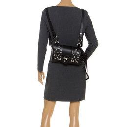 Giuseppe Zanotti Design Black Grommet Leather Gwen Backpack 284724