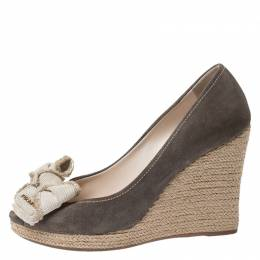 Prada Olive Green/Beige Suede and Canvas Bow Peep Toe Espadrille Wedge Pumps Size 38.5 251688