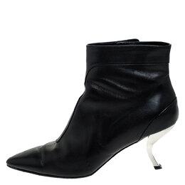 Roger Vivier Black Leather Virgule Ankle Boots Size 38 251176