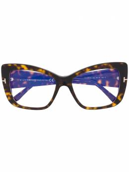 Tom Ford Eyewear очки в массивной оправе 'кошачий глаз' FT5602B56052