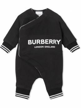 Burberry Kids махровый комбинезон 8025351