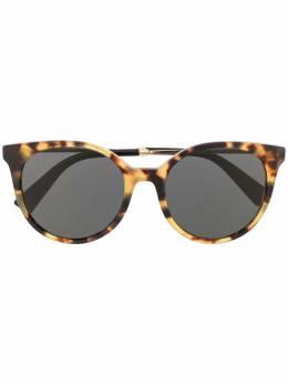 Valentino Eyewear солнцезащитные очки в оправе 'кошачий глаз' черепаховой расцветки 0VA4069