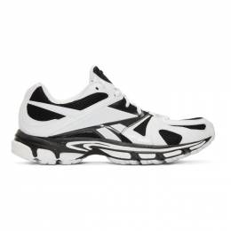 Vetements White and Black Reebok Edition Spike Runner 200 Sneakers SS20SN008