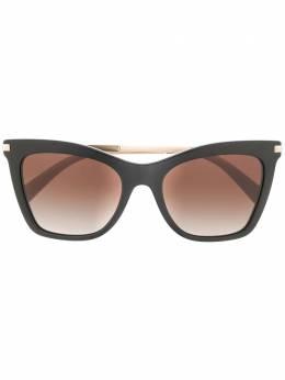 Valentino Eyewear солнцезащитные очки VA4061 в оправе 'кошачий глаз' VA4061
