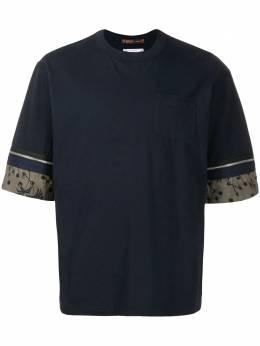 Sacai футболка с молниями на рукавах 2002208M