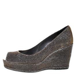 Stuart Weitzman Gold Glitter Lame Fabric Peep Toe Wedge Pumps Size 38 266597