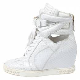 Casadei White Python Embossed Leather Wedge Cut Out Chain Motif Buckle Ankle Boots Size 40 265609