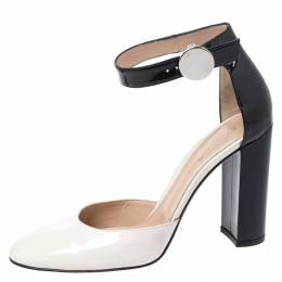 Gianvito Rossi Monochrome Patent Leather Ankle Strap Sandals Size 40.5 262458