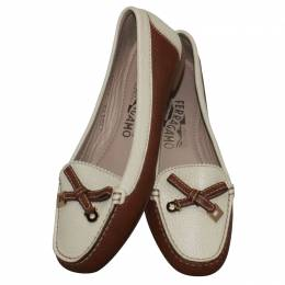 Salvatore Ferragamo White/Brown Leather Loafers Size 34.5 190214