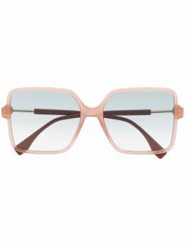 Fendi Eyewear массивные солнцезащитные очки с затемненными линзами FF0411S