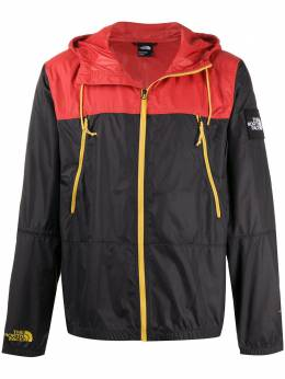 The North Face легкая куртка с капюшоном NF0A2S4Z
