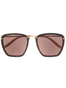 Gucci Eyewear солнцезащитные очки в квадратной оправе 610417J0770