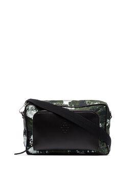 Marcelo Burlon County Of Milan сумка-мессенджер с камуфляжным принтом CMNA033R20FAB0026159